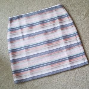 Striped Loft size 10 skirt. New with tags.
